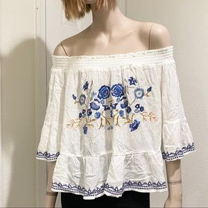 White Embroidered Off the Shoulder Top XL